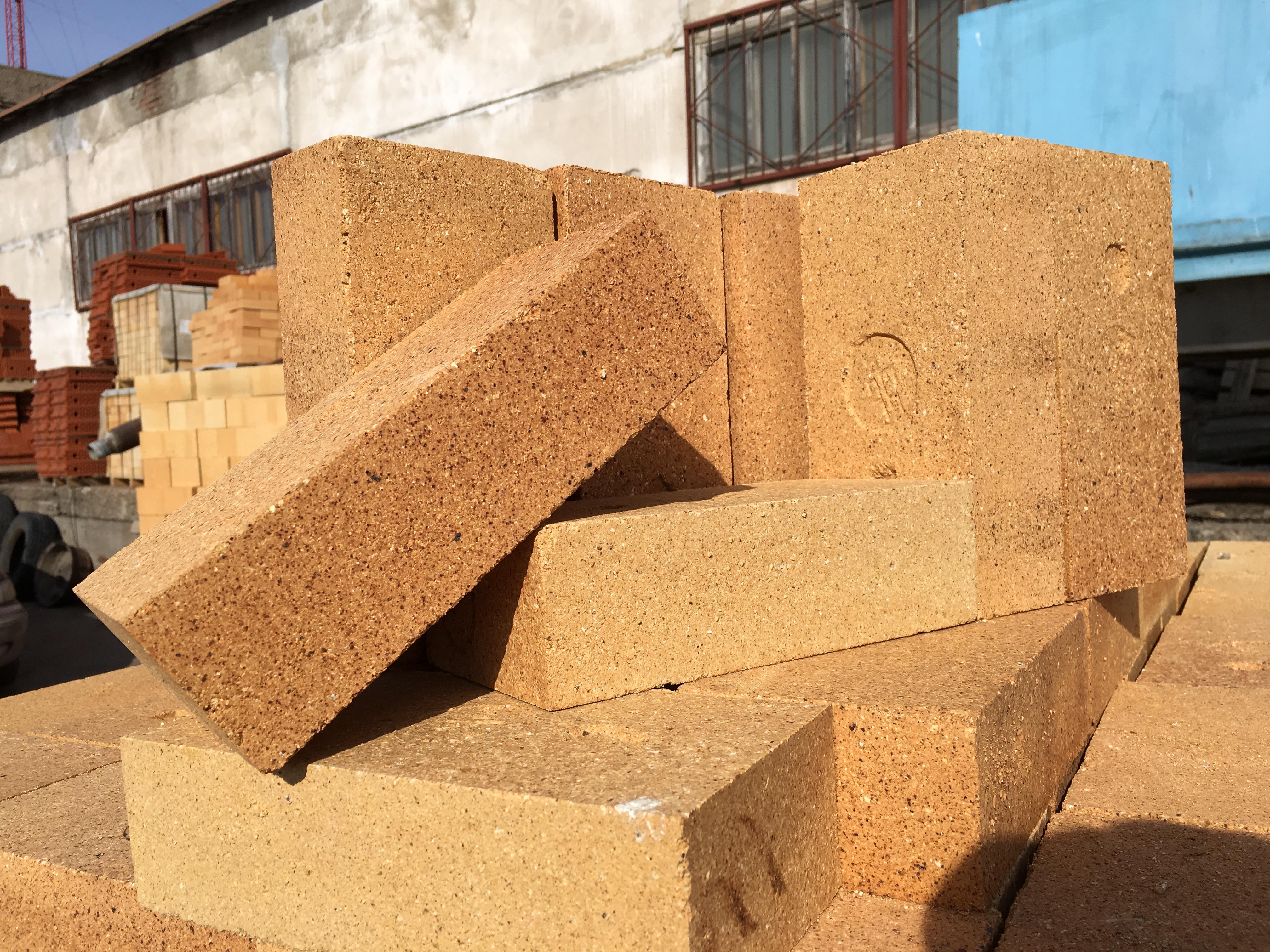 Conduit De Cheminee En Brique Rouge brique coupe-feu (44 photos): taille et poids d'une brique