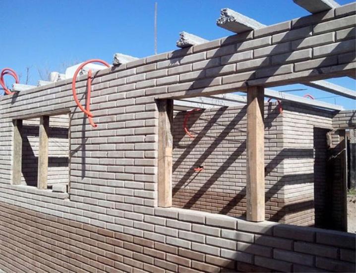 लेगो ईंट घर निर्माण