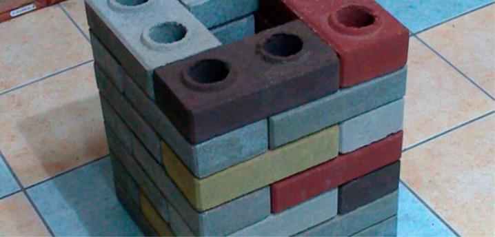 Lego tegelstenar i olika färger