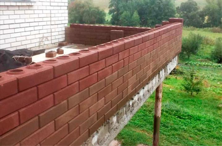 Lego mursten balkong