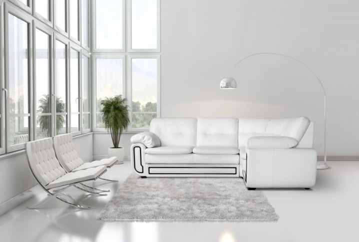 Leren Wit Bankstel.Witte Lederen Sofa 59 Foto S Hoekbank Met Poten Van Eco Leer Of