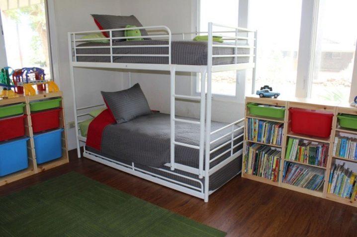 Ikea Letti A Castello Una Piazza E Mezza.Letti Ikea 83 Foto Modelli Estraibili E Pieghevoli Con Cassetti
